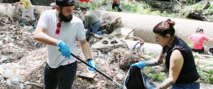 Clean up during Sustainability Week
